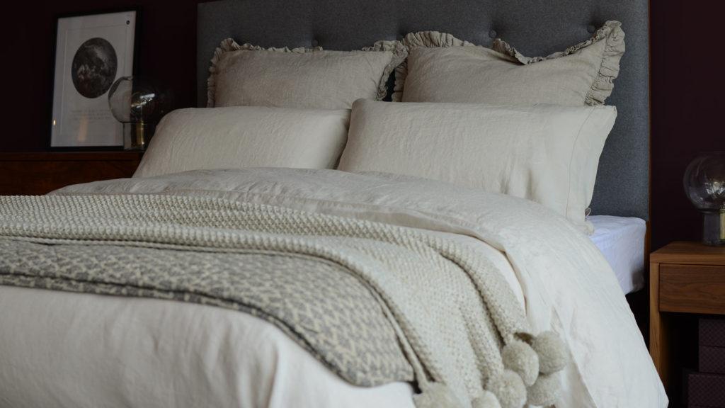 linen-ruffle-cushions-natural