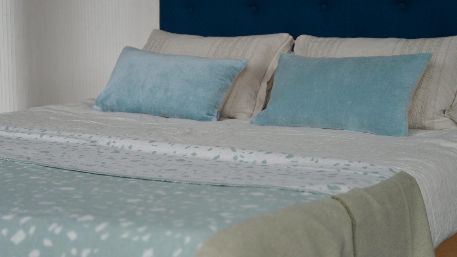 aqua-terrazzo-design-cosy-throw