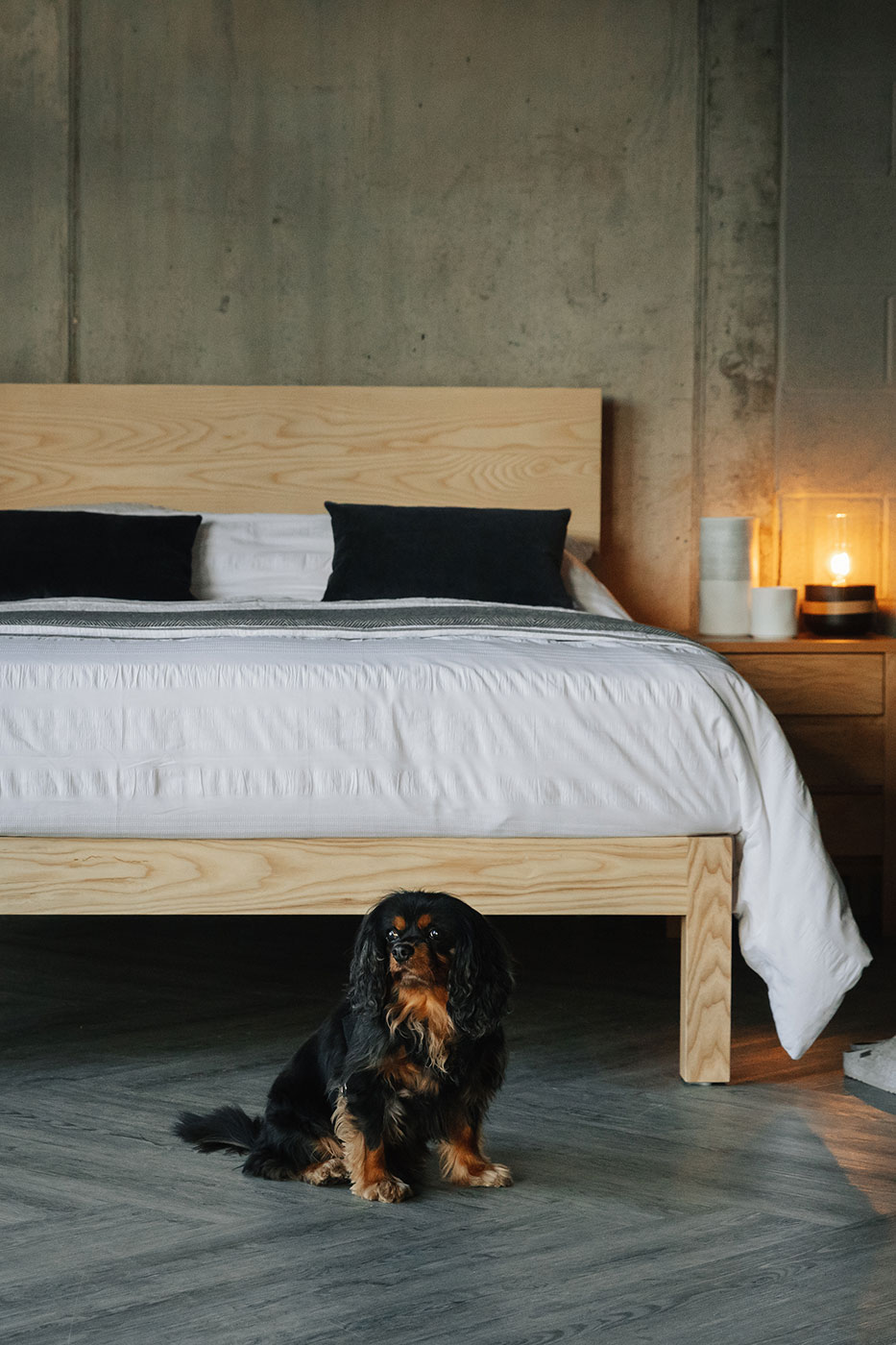 Contemporary solid ash chunky wooden Bamford bed