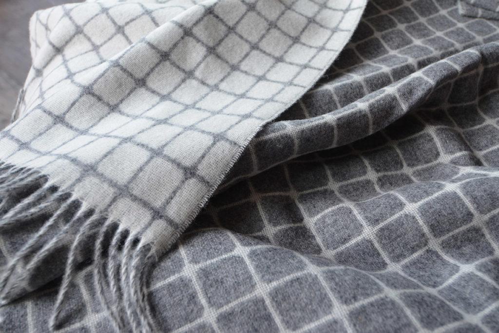 Modern Grey Wool Throw - Athens Pattern
