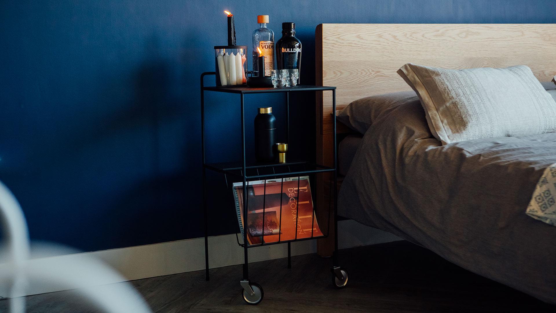 bedside-trolley-drinks-table