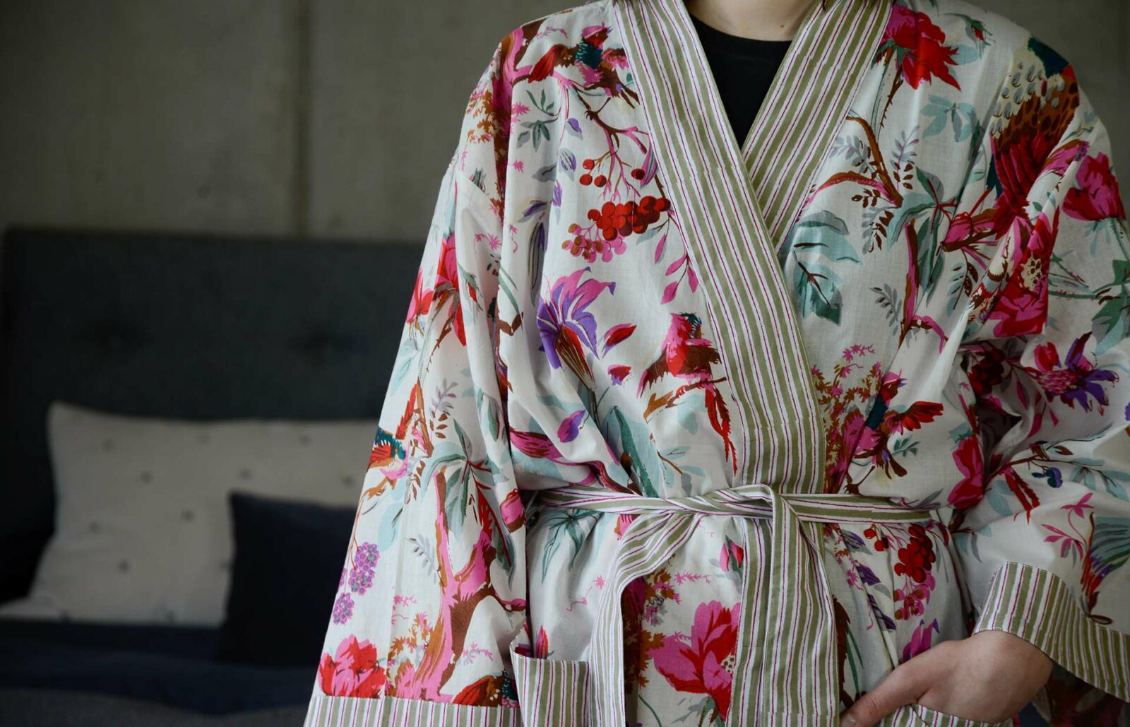 chinoiserie print light cotton robe in pink and ivory with striped edging