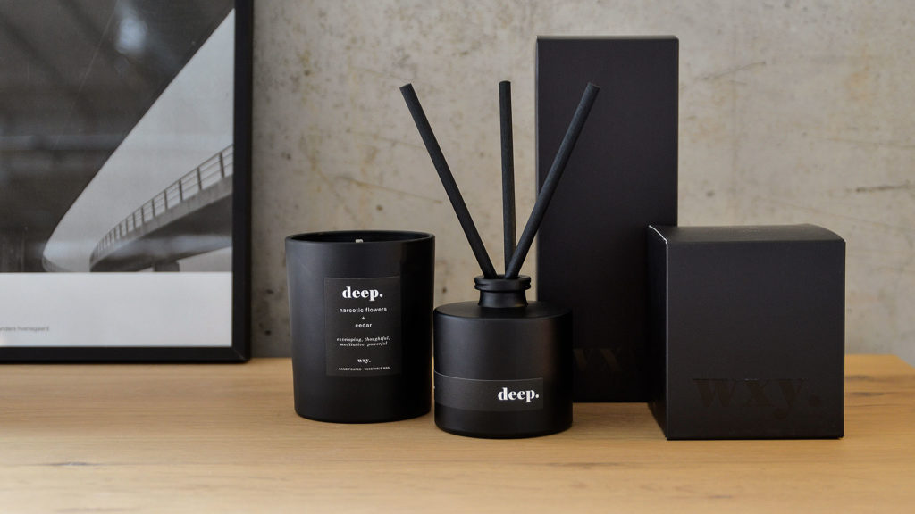 black-collection-scented-candle-and-diffuser-Deep