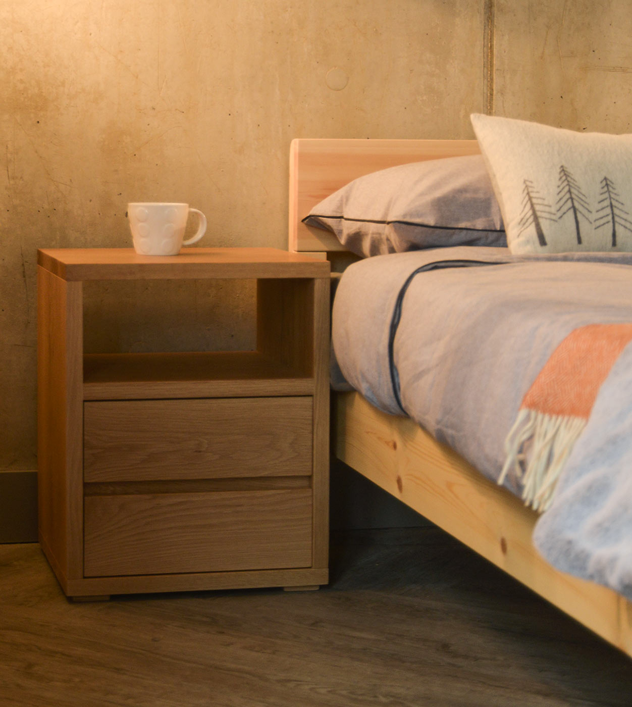 Cube 2 drawer bedside table with shelf and in Oak