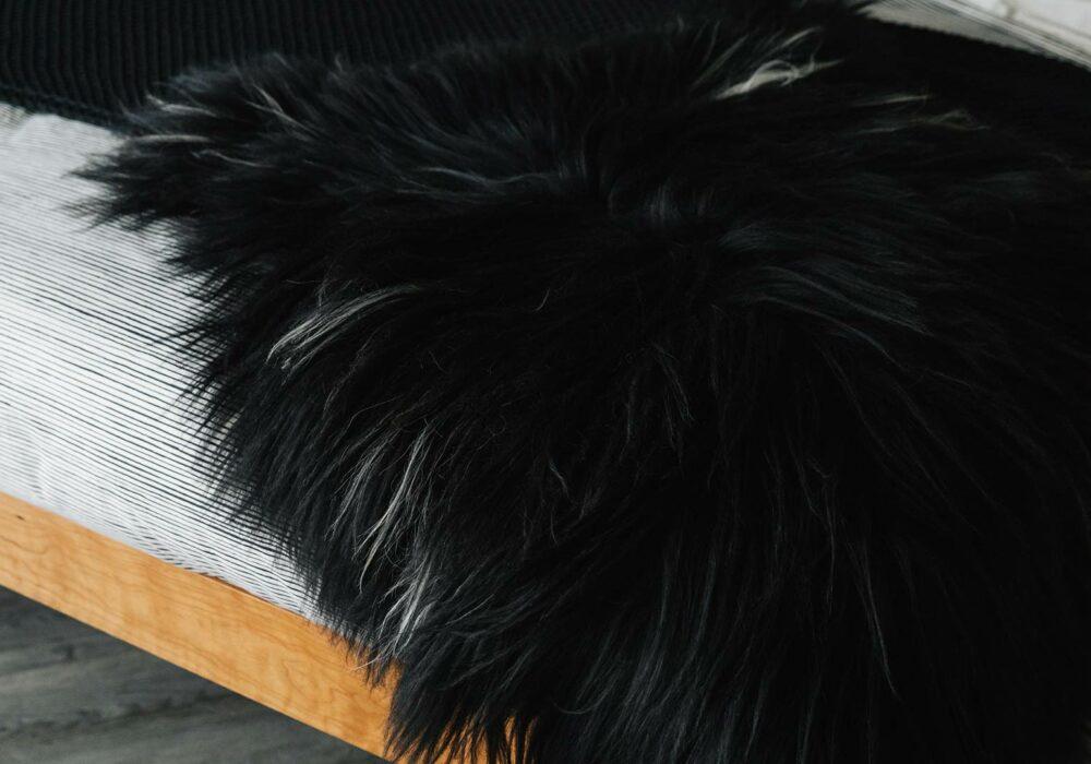 black-and-ivory-sheepskin-throw