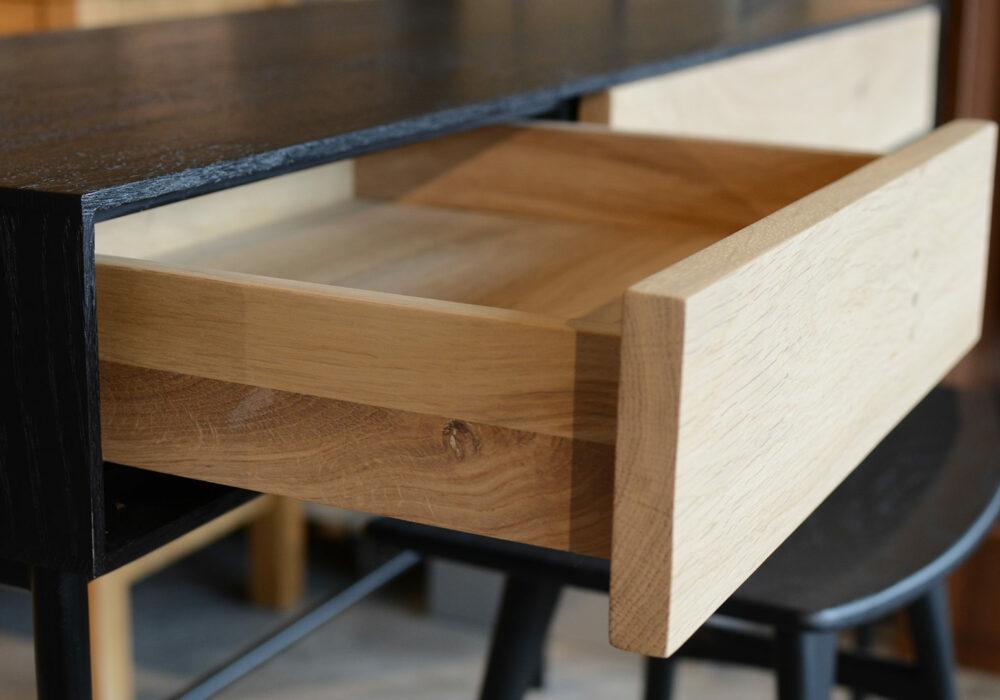 blackbird-desk-side-open-drawer-detail