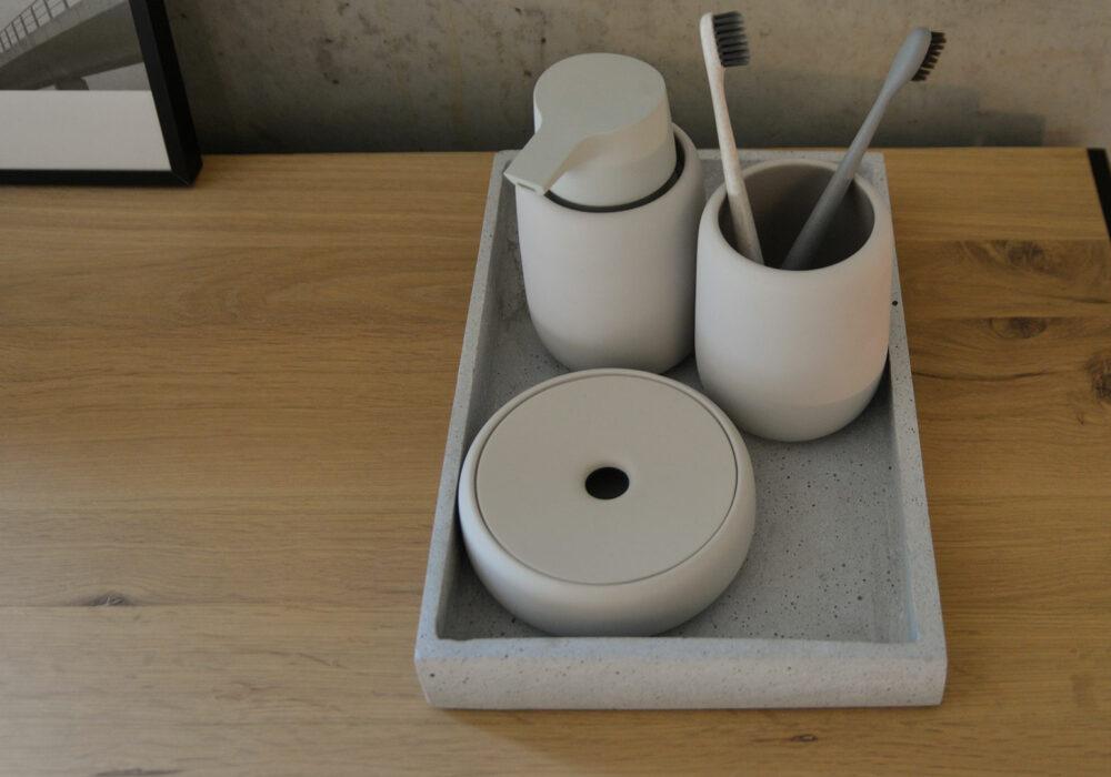 bathroom-accessories-clay