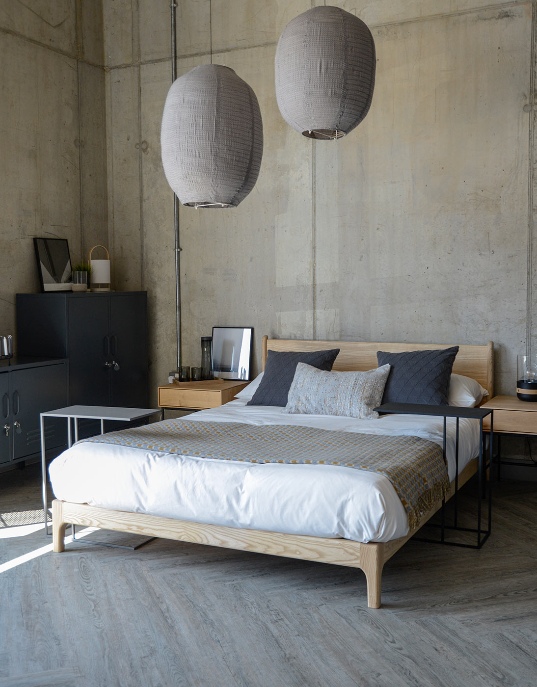 over bed metal side tables