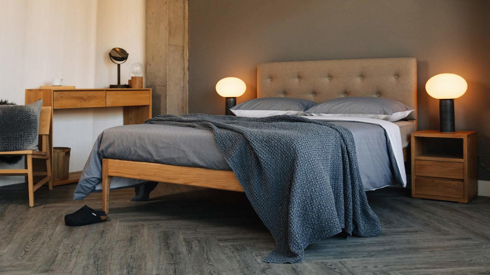 the oak framed Bloomsbury bed comes in a range of bed sizes and a choice of headboard upholstery