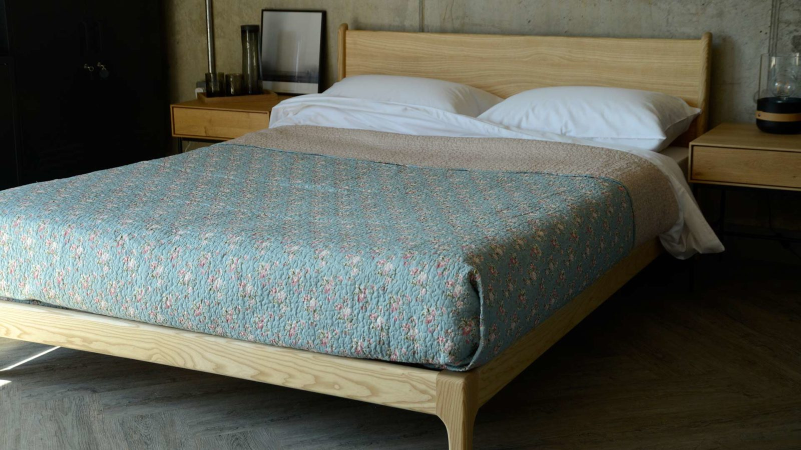 blue classic patterned bedspread