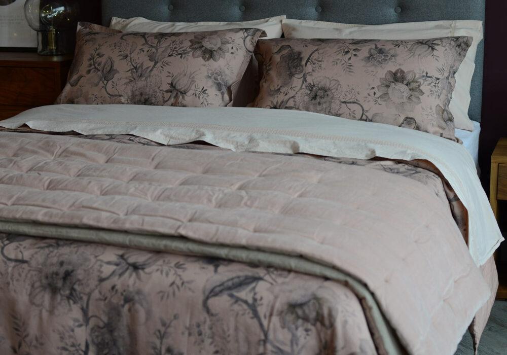 blush-pink-bedding