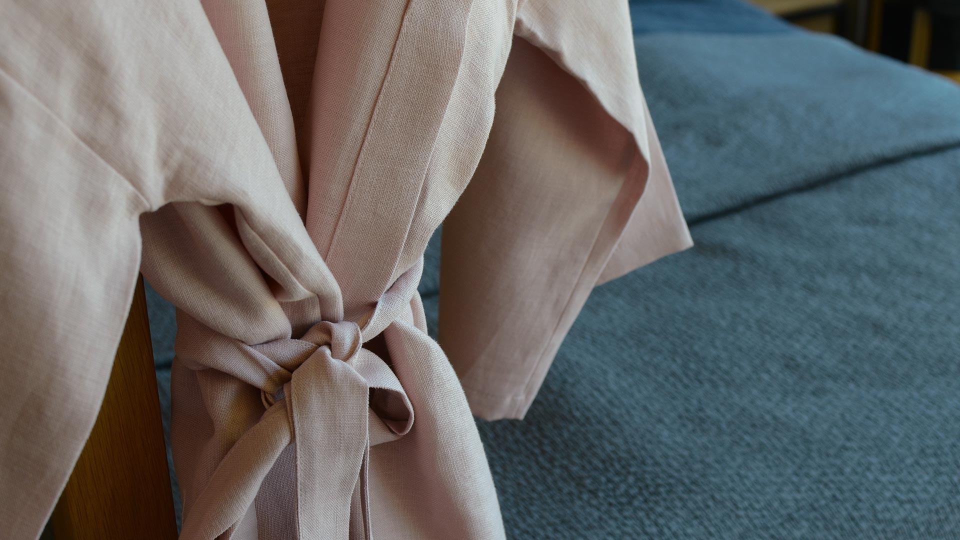 blush-pink-linen-robe
