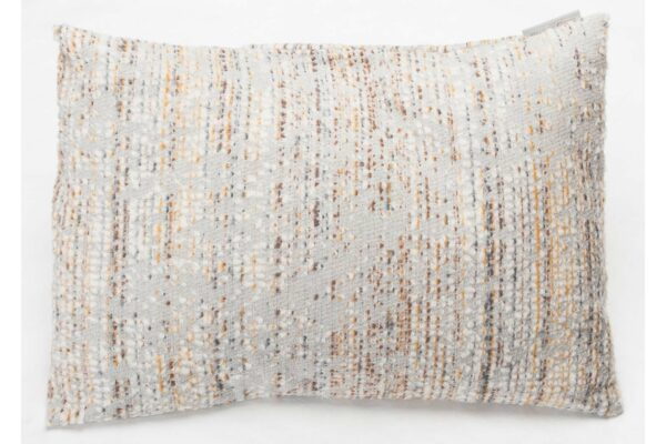 boucle-cushion-front-gold