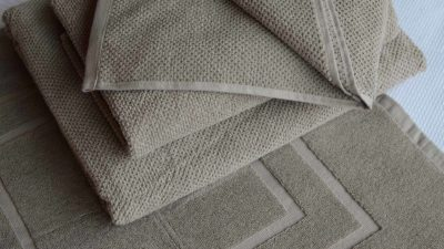 putty cotton towels and bath mat