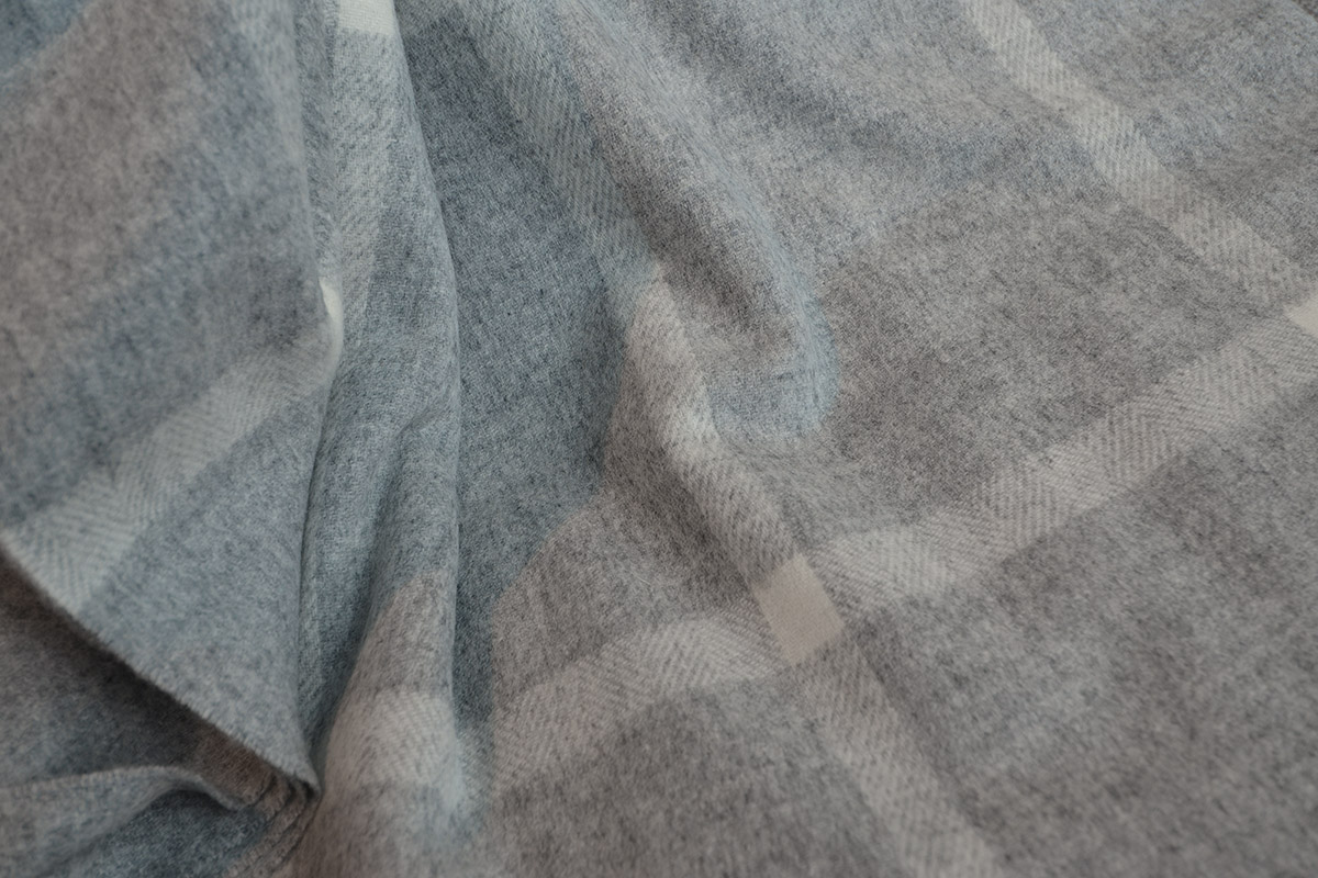Luxury Windowpane Throw in Grey & Ivory