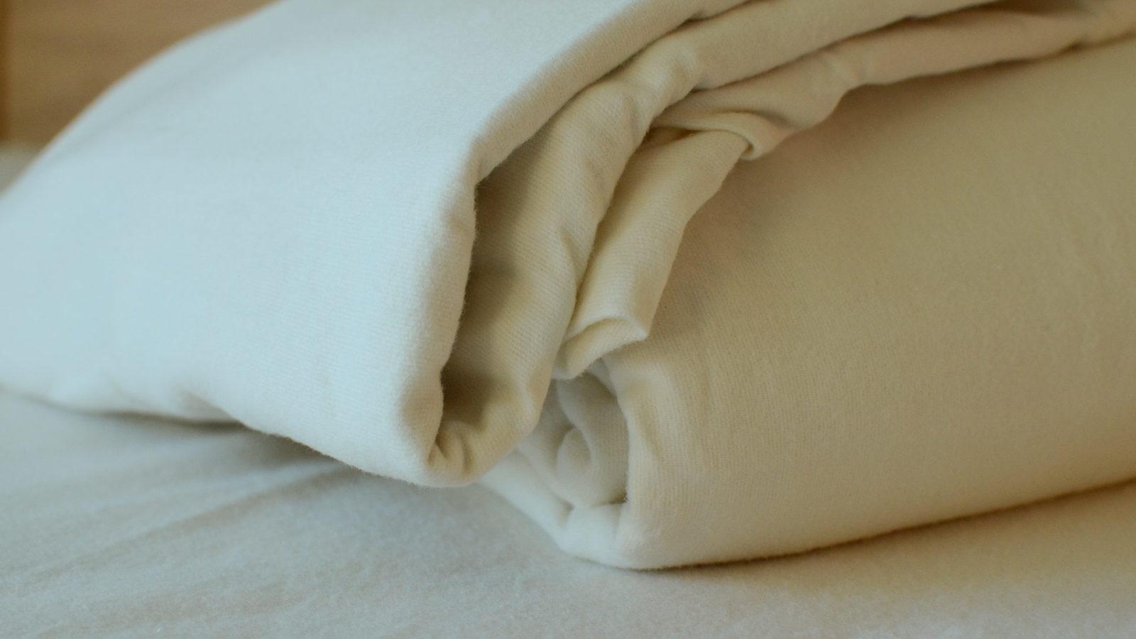 brushed-cotton-bedding-detail