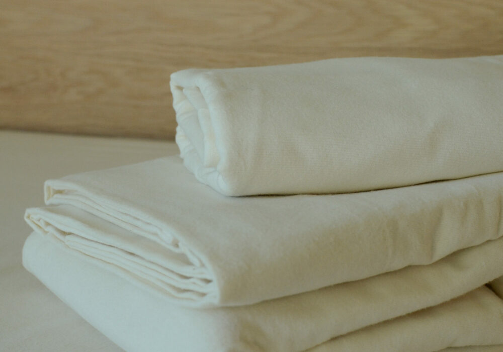 brushed-cotton-sheets-and-pillowcases