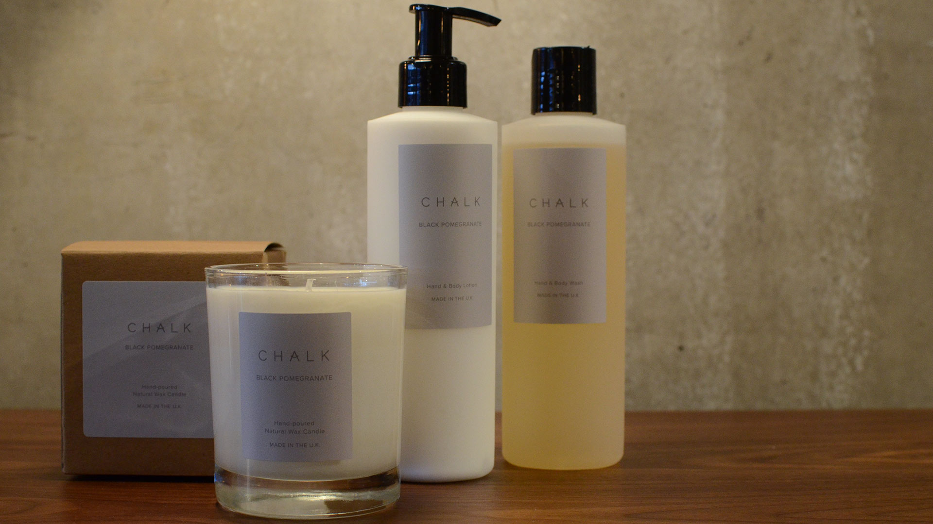 toiletries-&-candle-black-pomegranate