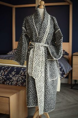 cosy charcoal spots robe