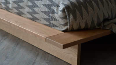 Oregon bed in cherry - foot end - corner detail
