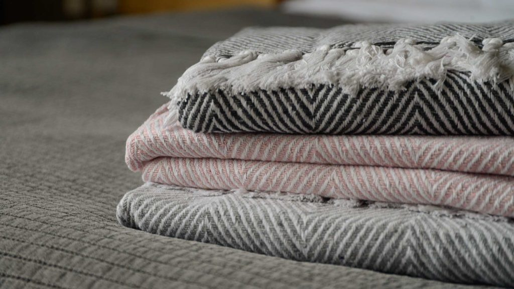 summer cotton throw made with recycled fibres