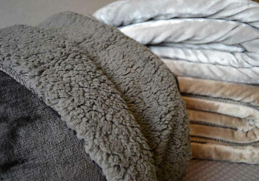 Dark Grey Cosy Blanket