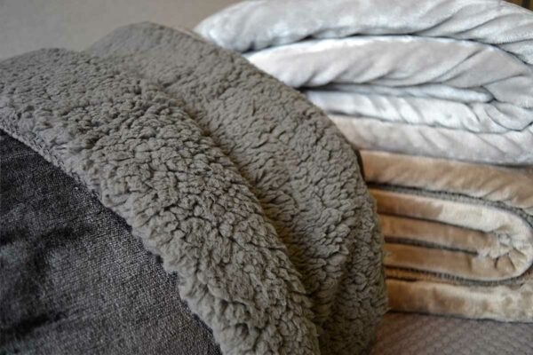 Dark Grey Cosy Blanket