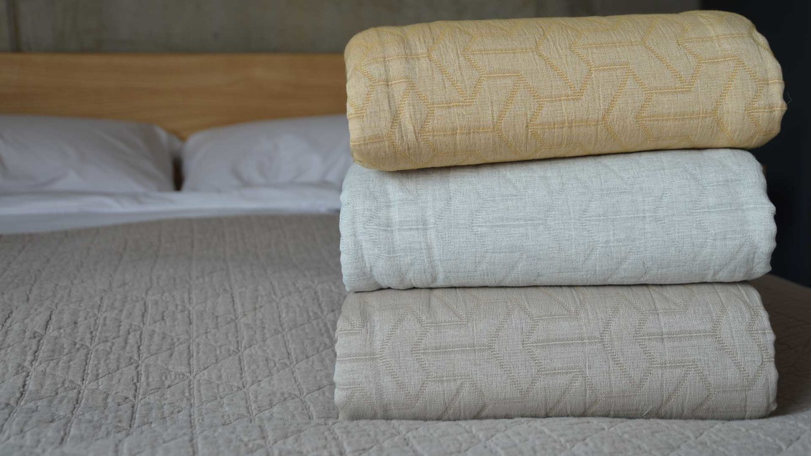 Stitched cotton bedspread made with 25% recycled cotton