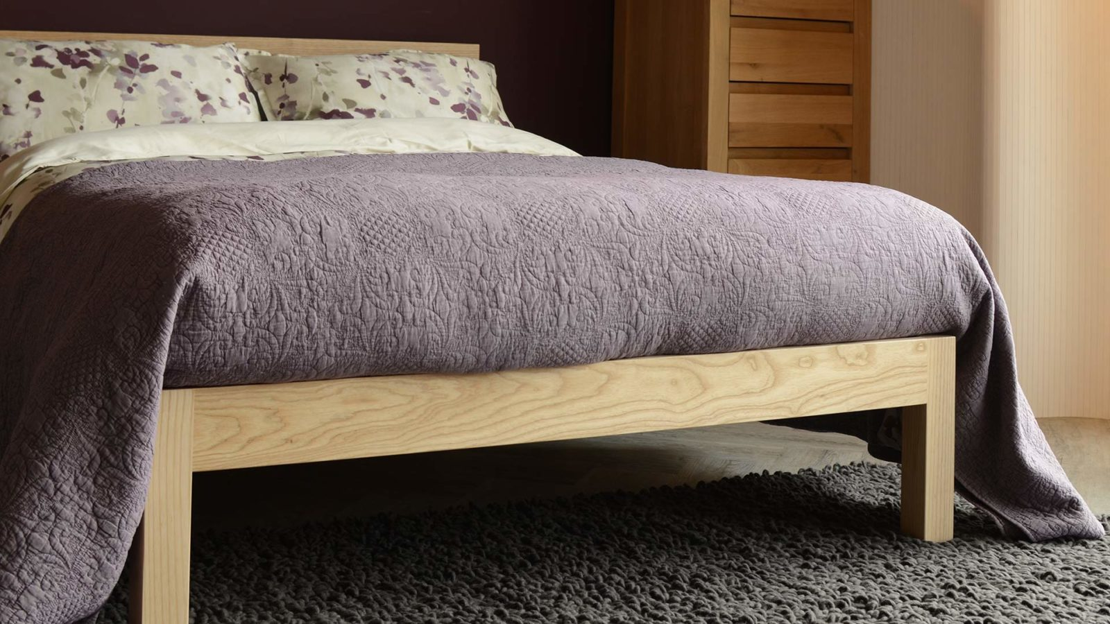mauve-bedspread