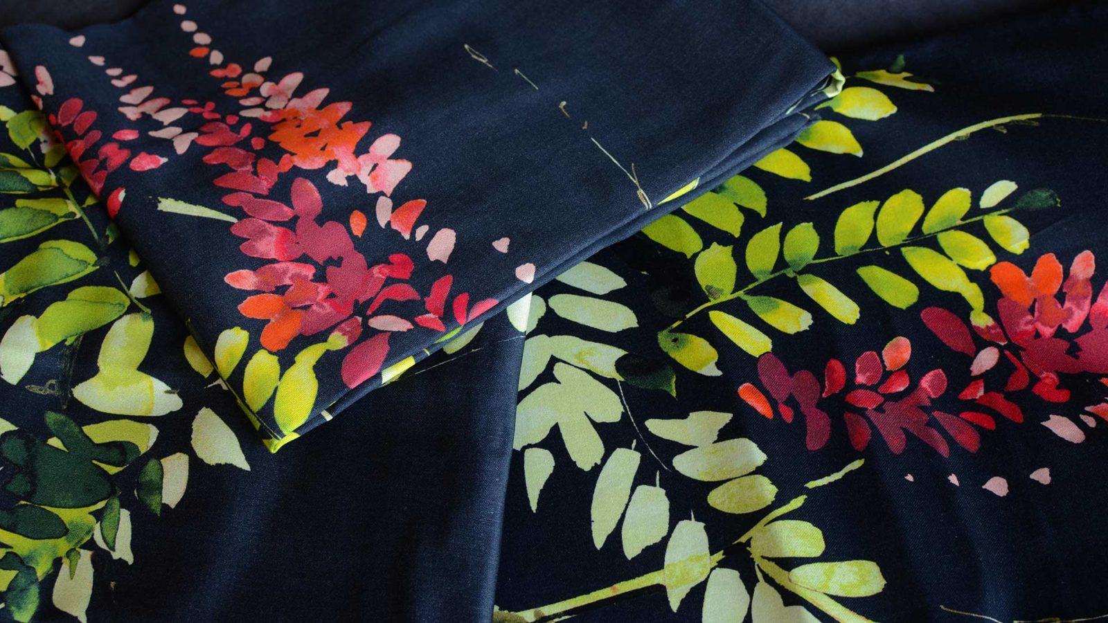 crimson-blossom-print-duvet-set