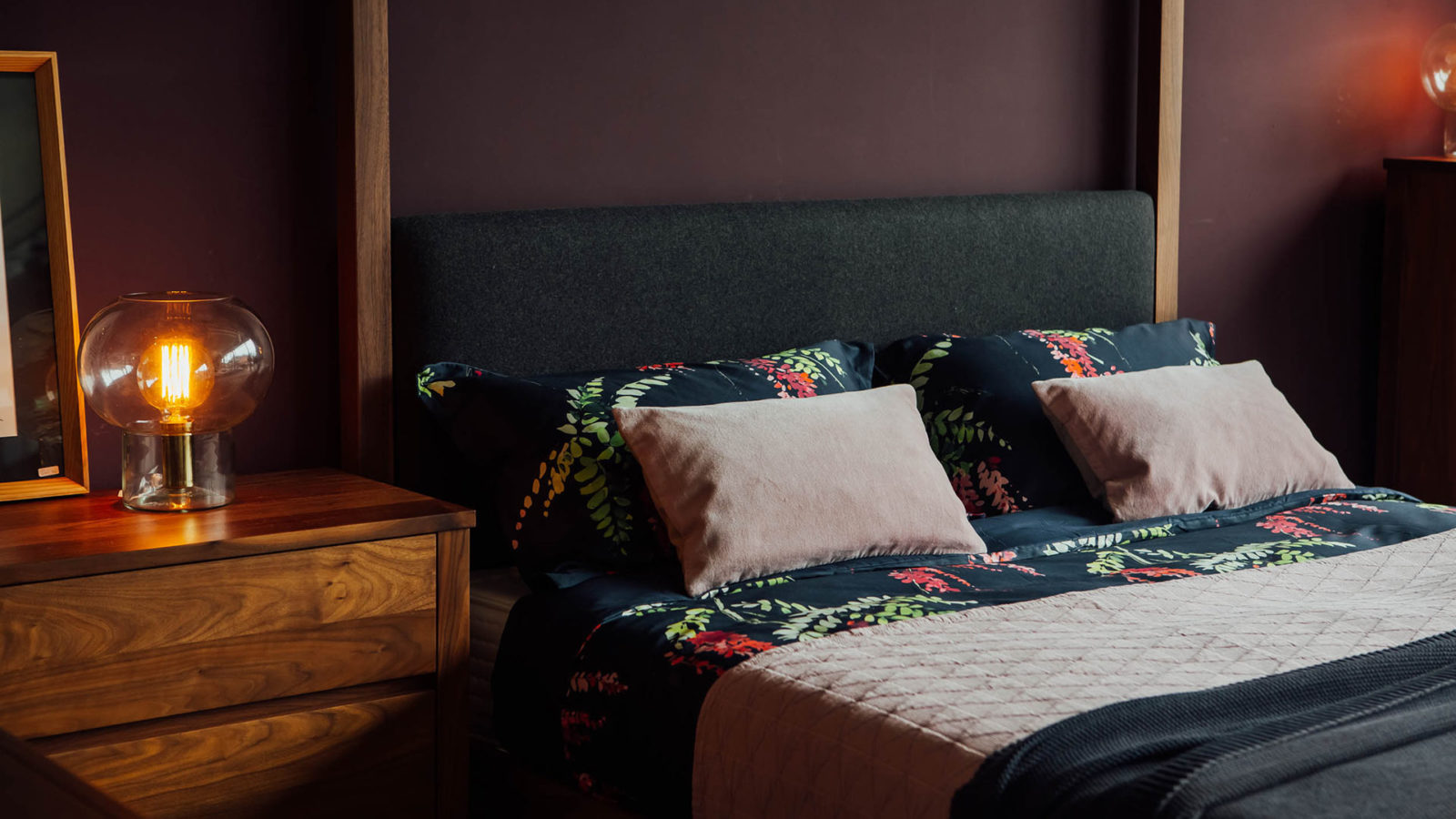 crimson-print-bedding-with-blush-pink-stockholm-&-cushions