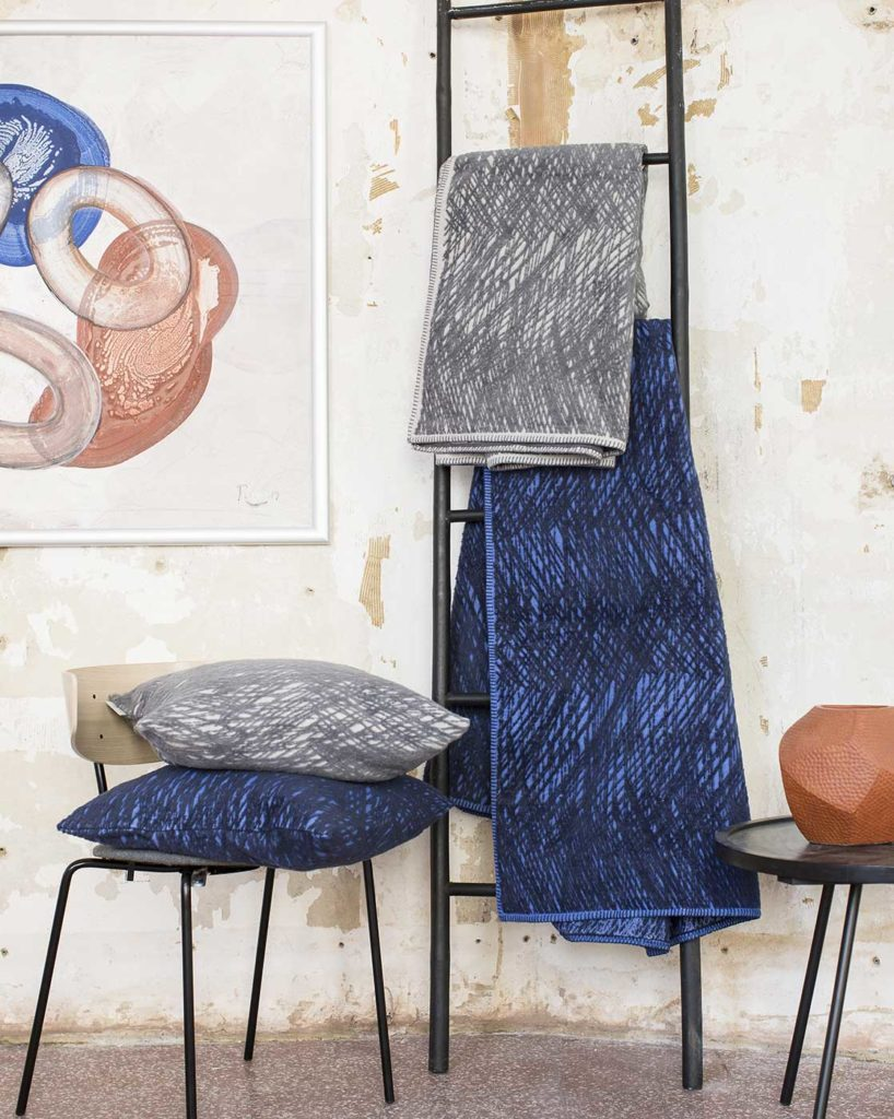 criss-cross-throws-and-cushions