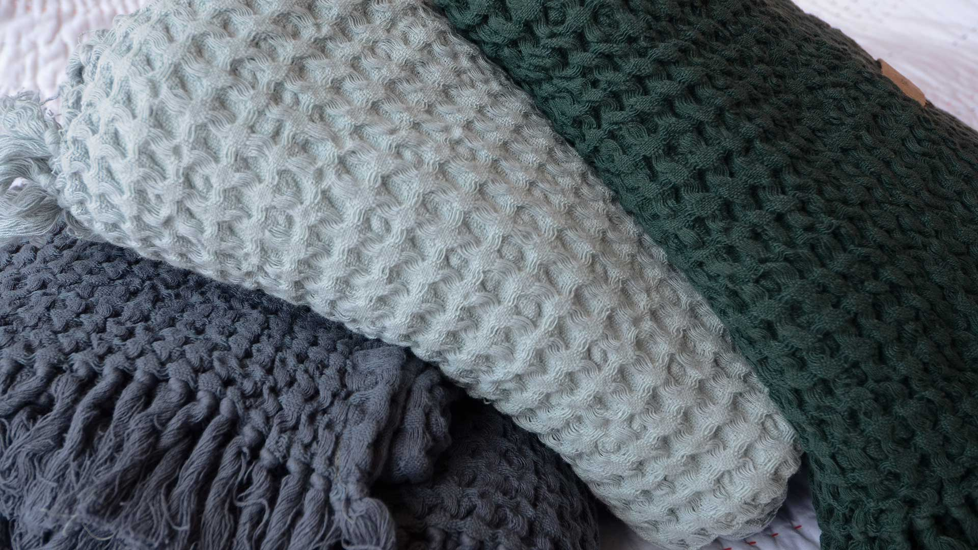Beautiful Soft Cotton Waffle Throws | Throws & Blankets | Natural Bed Company OX04