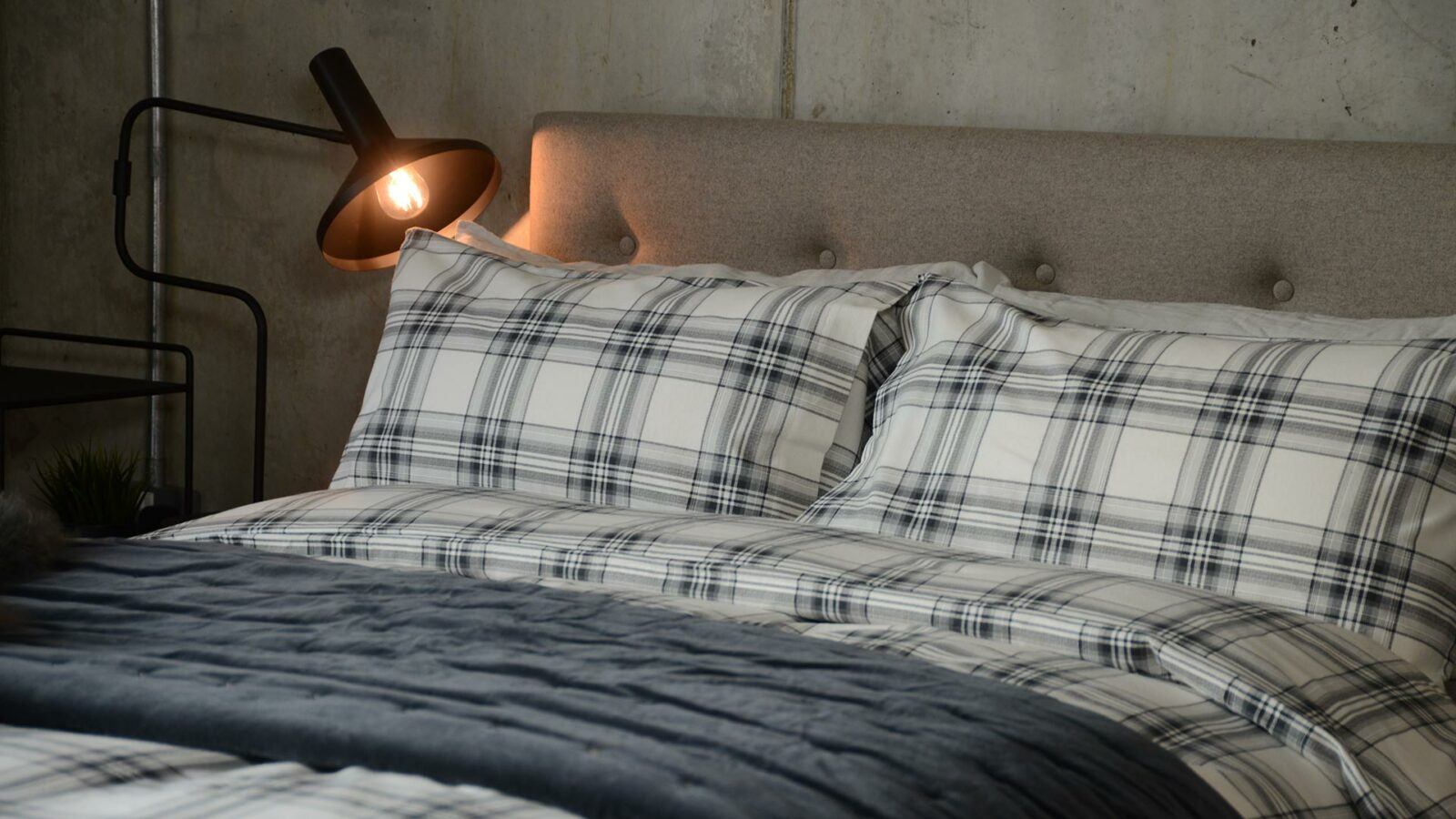 soft and cosy brushed cotton grey plaid duvet set.