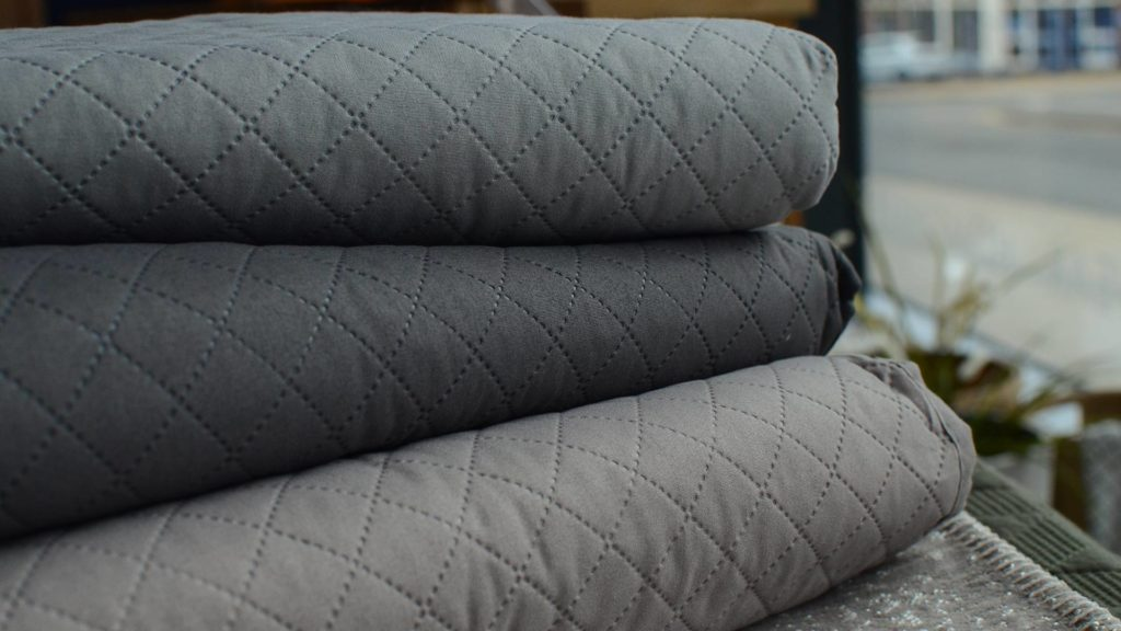 diamond-pattern-bedspreads-in-grey-taupe-and-slate