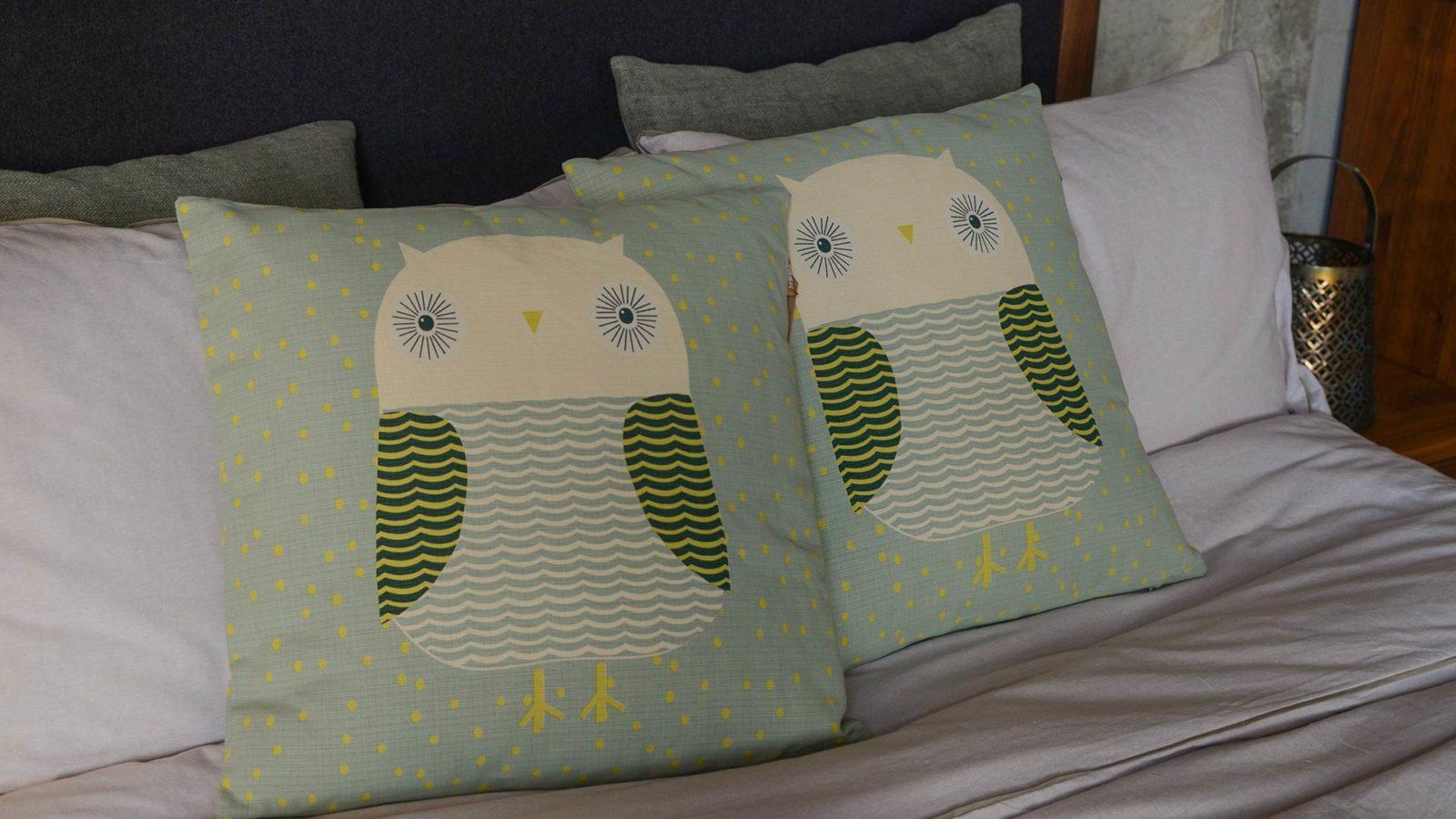 donna-wilson-cushion-Owl