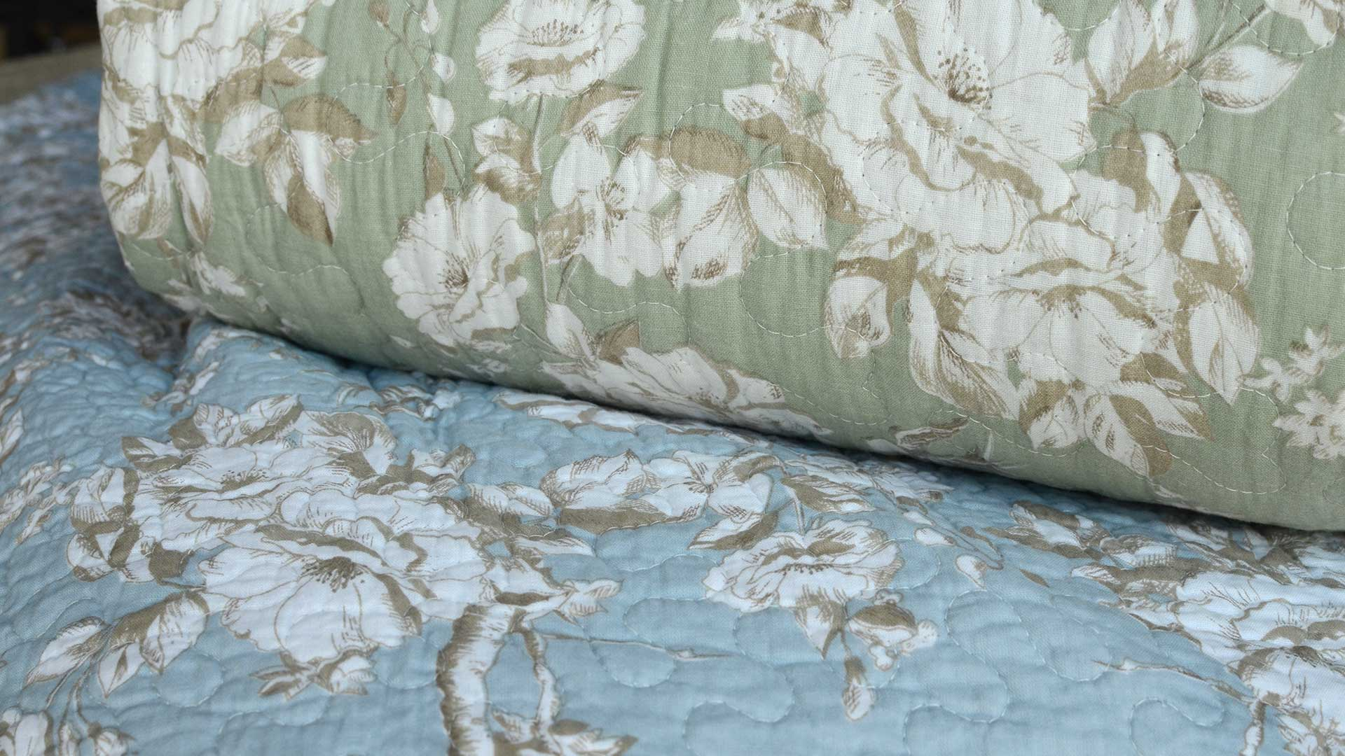 Classic Floral Print Bedspreads In Blue Or Green Natural
