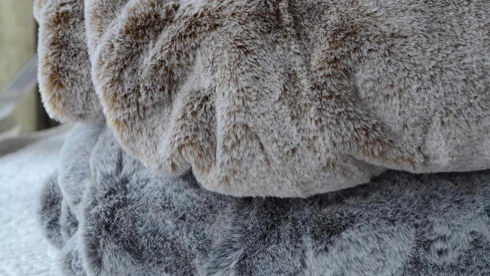 frosted-faux-fur-throws