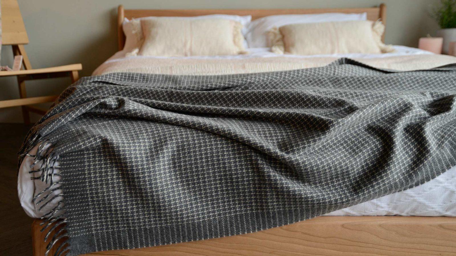 cashmere blend luxury throw