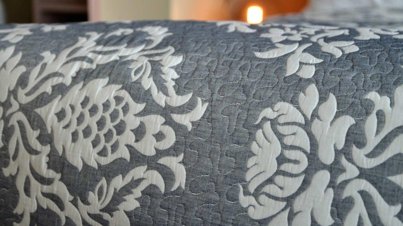 grey-blue-classic-jacquard-quilt-close-up