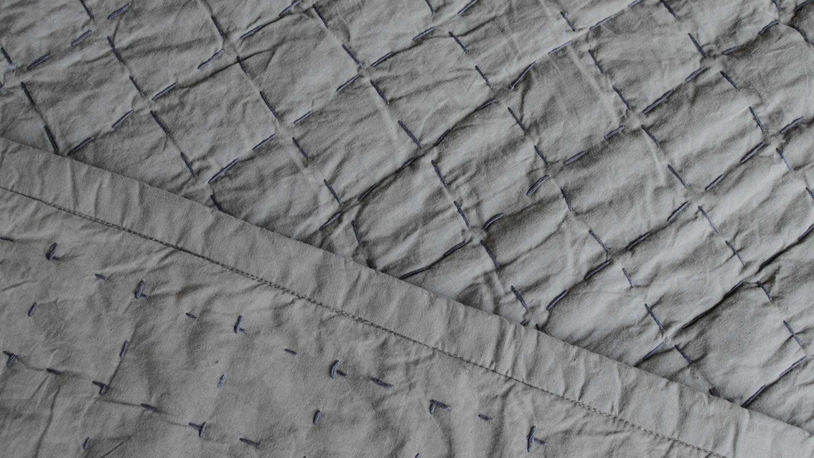 grey-kantha-quilt-front-and-reverse