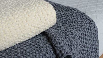 honeycomb-weave-throws