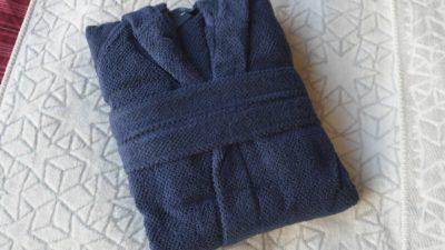 hooded-robe-in-navy-folded