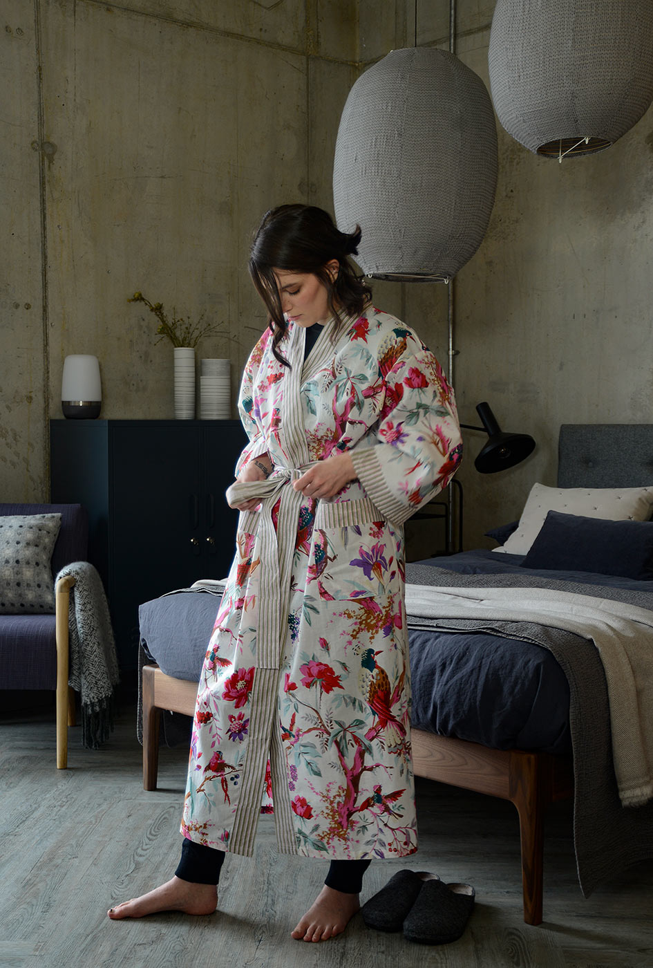 Ivory and deep pink Birds and branches print light cotton dressing gown