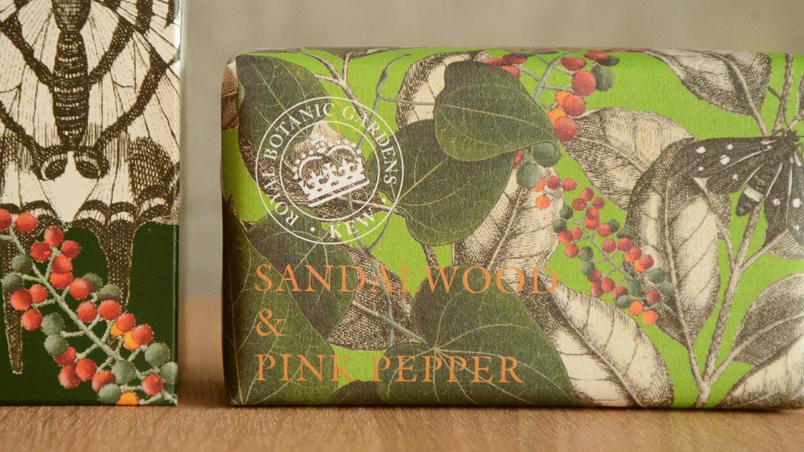 Kew Gardens hand care set sandalwood & pink pepper