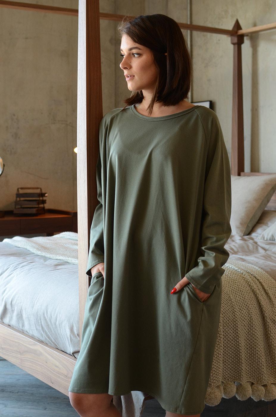 khaki-lounge-wear-slouch-dress-portrait