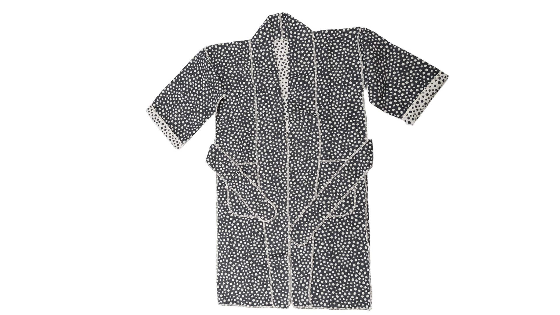 kimono-robe-dark-grey-spot