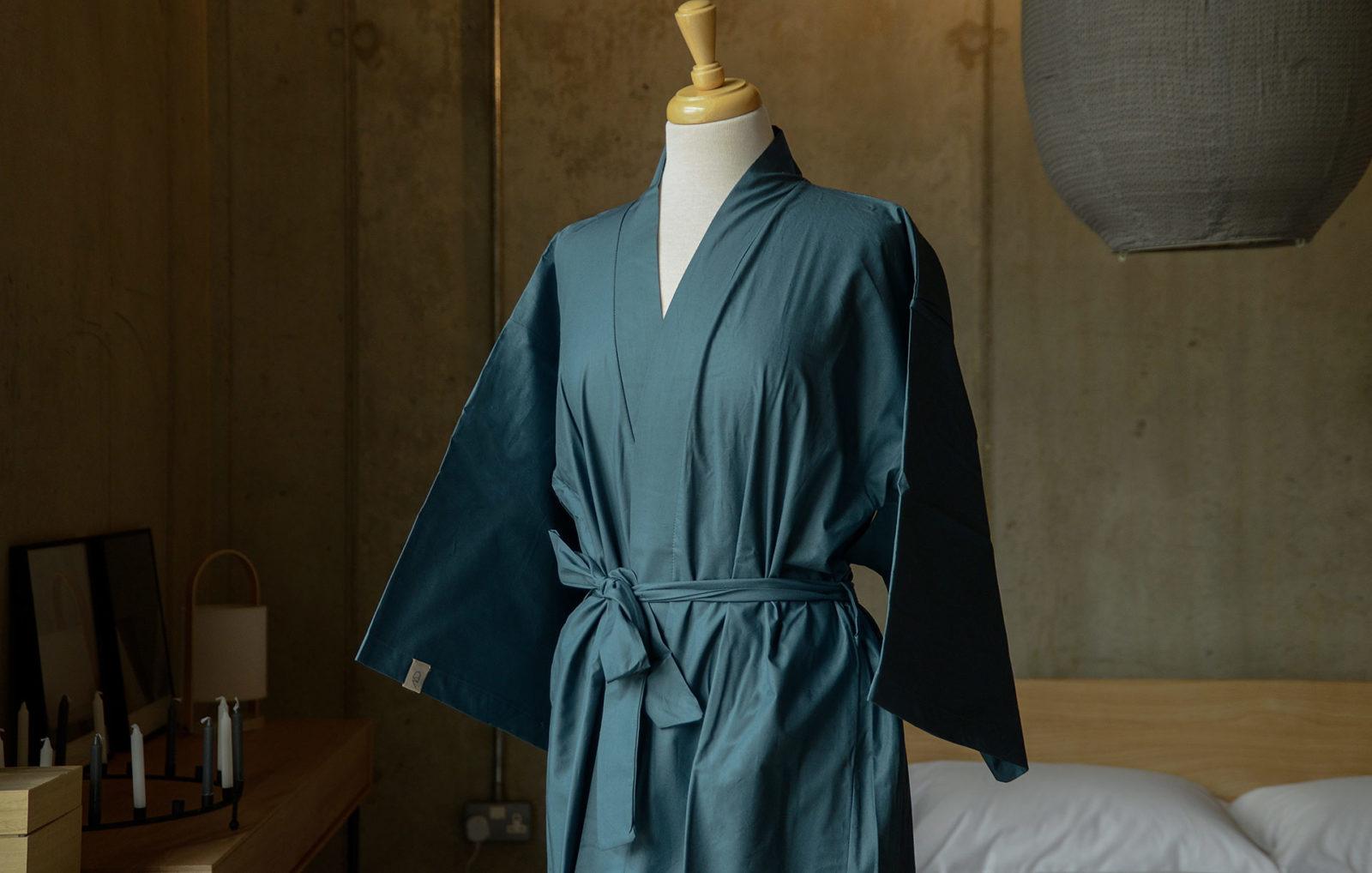 kimono look robe