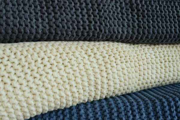 knitted-cotton-rich-throws