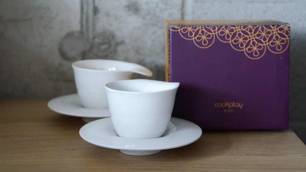 modern coffee cups